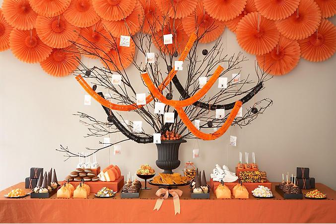 Mesa ornamentada para Halloween