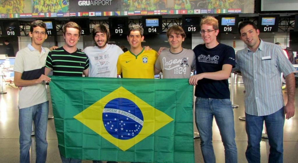 Alunos brasileiros conseguem cinco medalhas na Olimpíada de Matemática na África