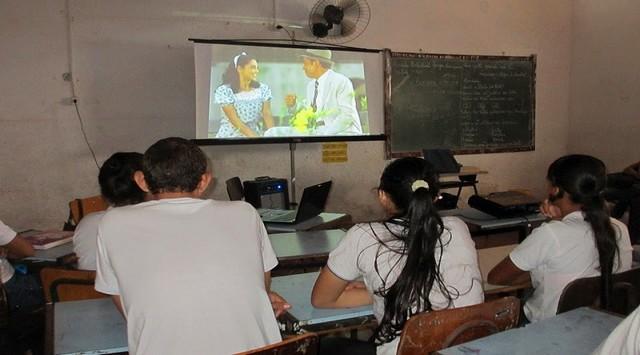 Lei escolas a exibirem filmes brasileiros
