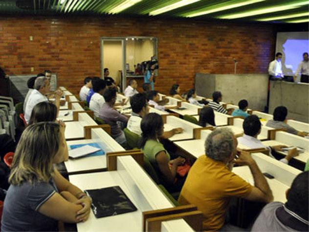 Escola do Legislativo abre inscrições para cursos de extensão e pós-graduação em Teresina 2