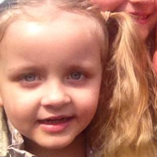 Mãe deixa de levar filha com câncer na escola e é multada na Inglaterra 2