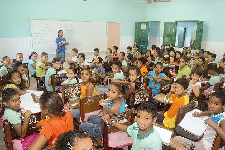 Ministério da Educação inicia consultas para construção da base nacional curricular 2