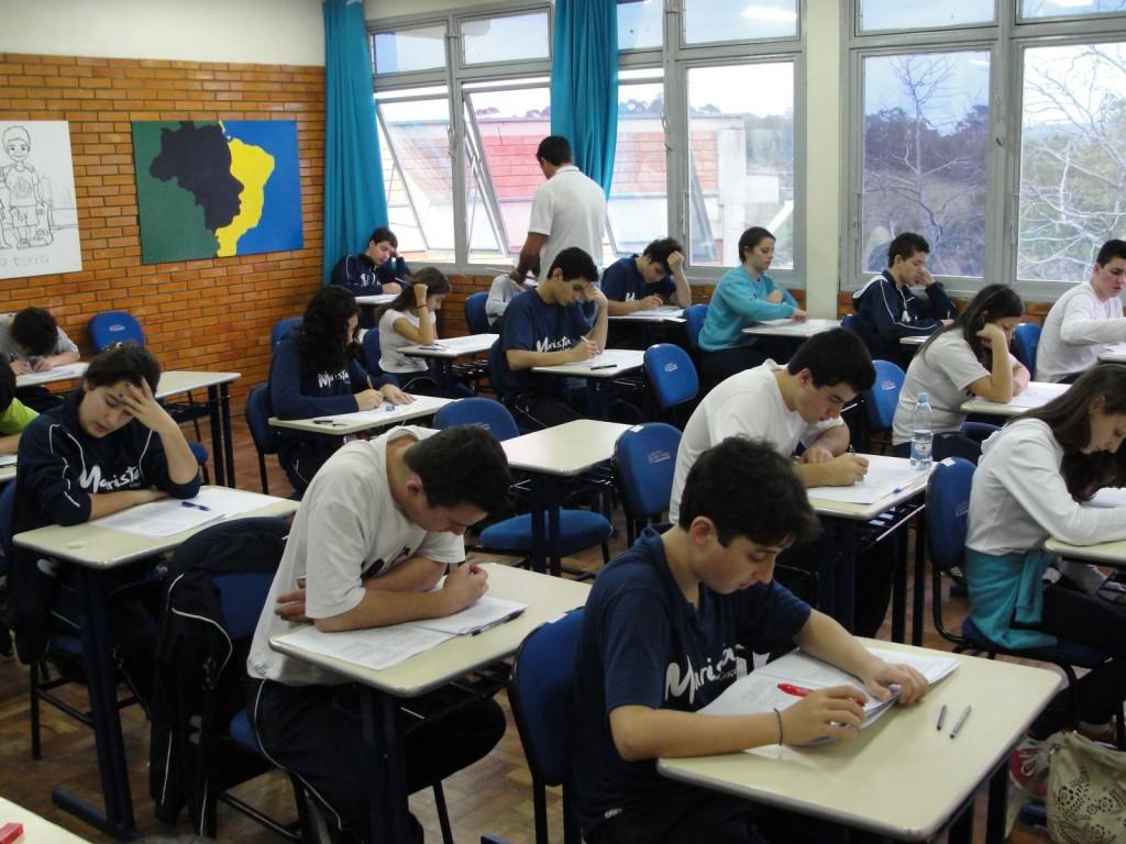 Pesquisa diz que aulas para jovens deveriam começar apenas após as 8h30 da manhã 2