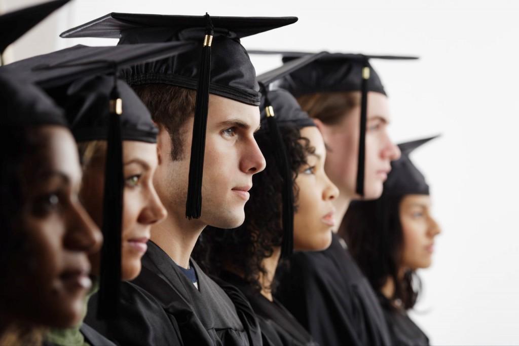 Reino Unido aumenta números de bolsas de estudos para estrangeiros