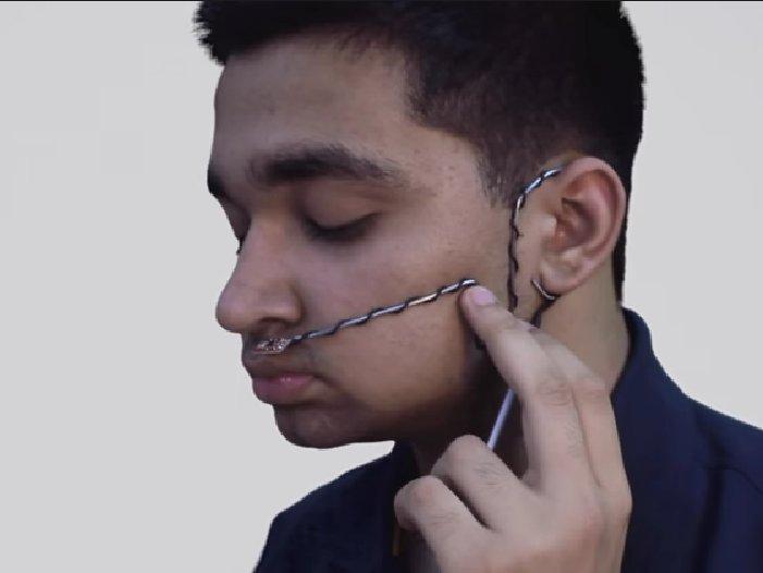 Estudante indiano cria aparelho que permite falar durante respiração