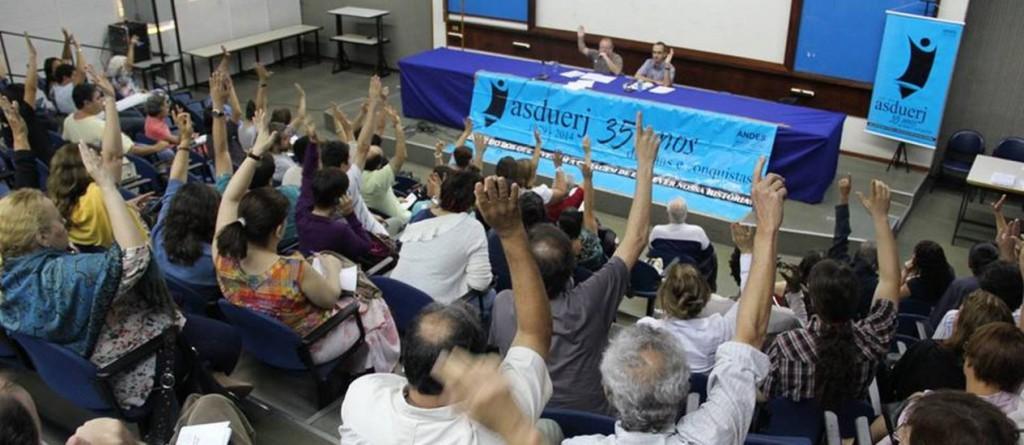 Professores da Uerj anuncia paralisação nas atividades