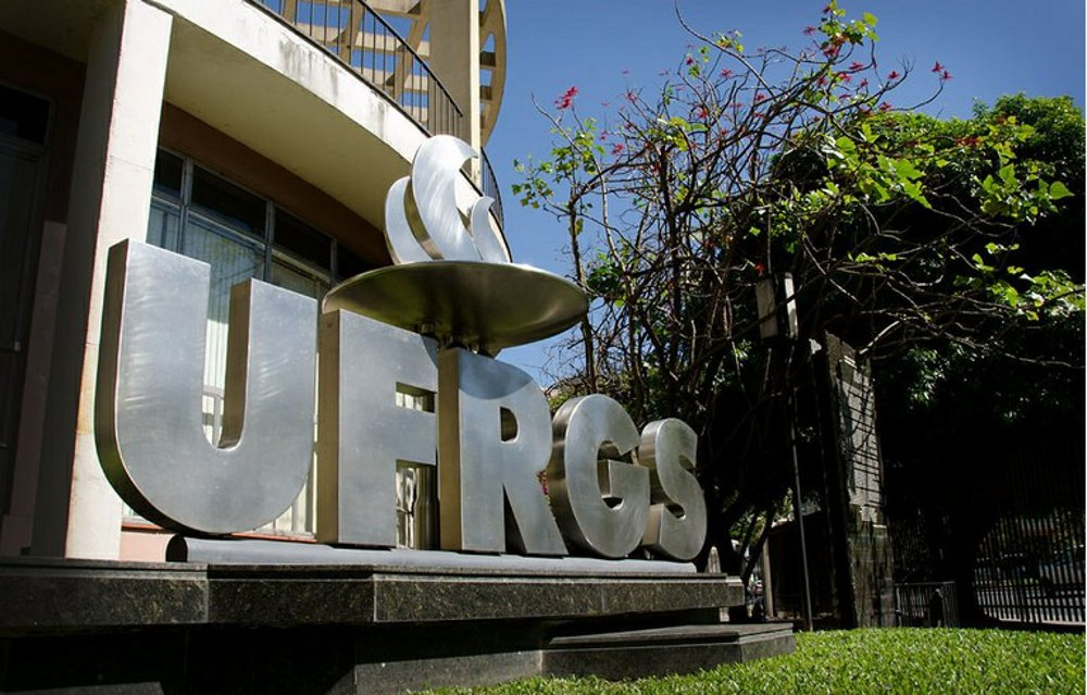 UFRGS lança edital para ingresso de diplomados