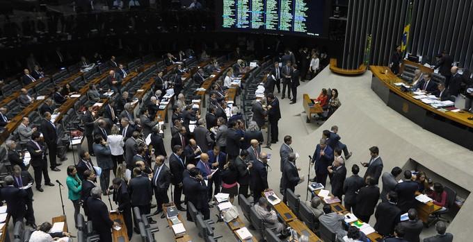 Votação Decreto