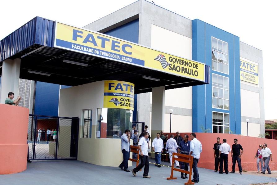Inscrições para o vestibular 2015 das Fatecs terminam hoje