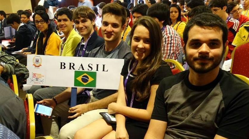Brasileiro campeão da Olimpíada de Matemática consegue vaga em Princeton 2