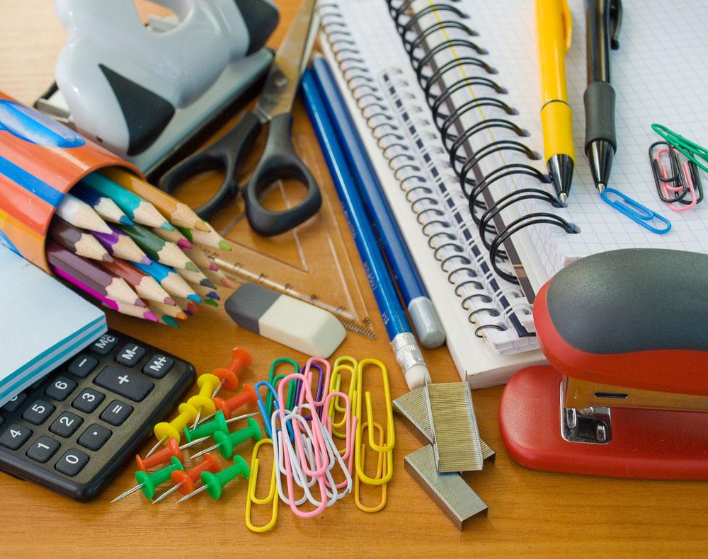 Famílias carentes do Distrito Federal terão menos dinheiro para compra do material escolar 2