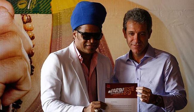 Mato Grosso do Sul anuncia teste oral para detectar HIV no carnaval