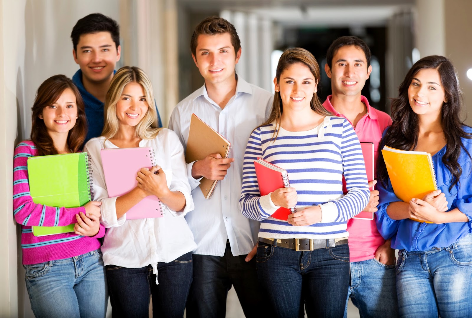 Faculdades que reajustarem preço da matrícula acima do teto do FIES poderão ser multadas