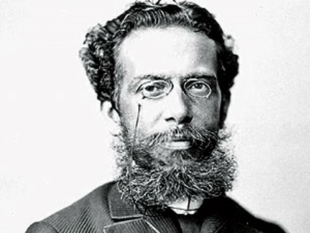 Professor encontra obra esquecida de Machado de Assis