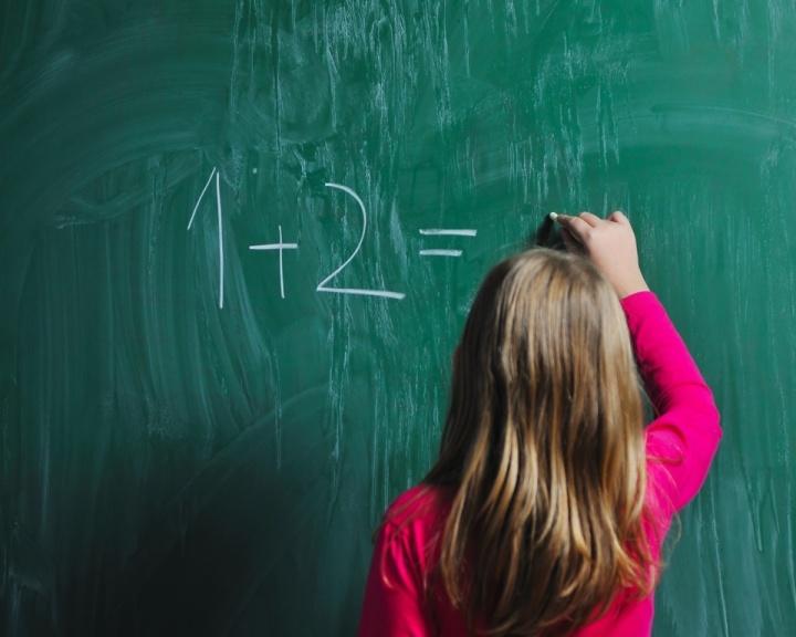 Menos da metade dos países conseguem atingir metas de educação da Unesco
