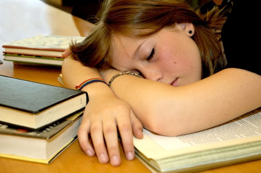Pesquisador da UFPR afirma que começar aulas às 7h não faz sentido