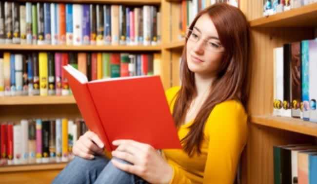 Livros aluno de ensino médio deve ler