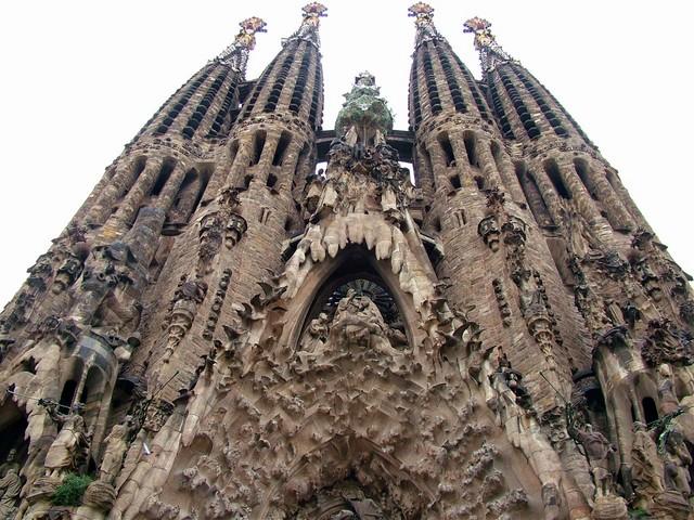 89 anos da morte de Antoni Gaudí
