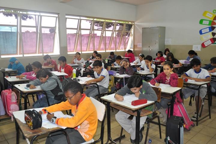 Governo que antecipar currículo nacional de ensino 2