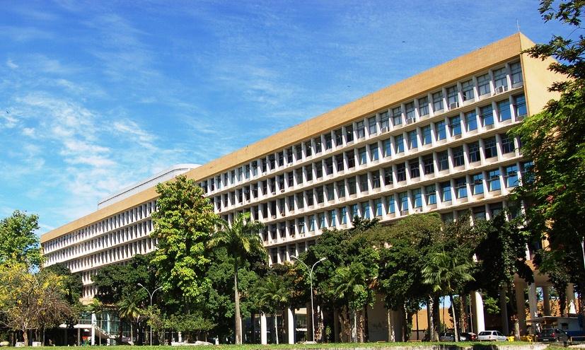 Universidade Federal do Rio de Janeiro não terá dinheiro para pagar as contas do segundo semestre