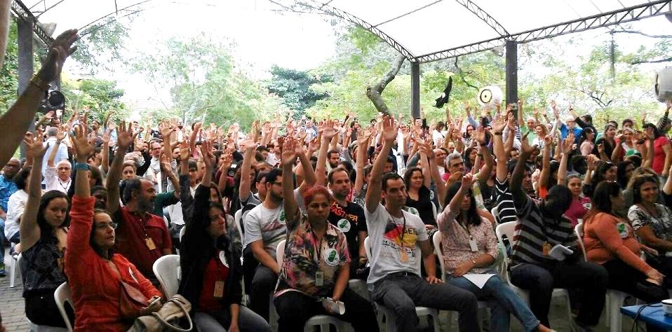 Sindicato afirma que 34 universidades federais ainda estão em greve 2