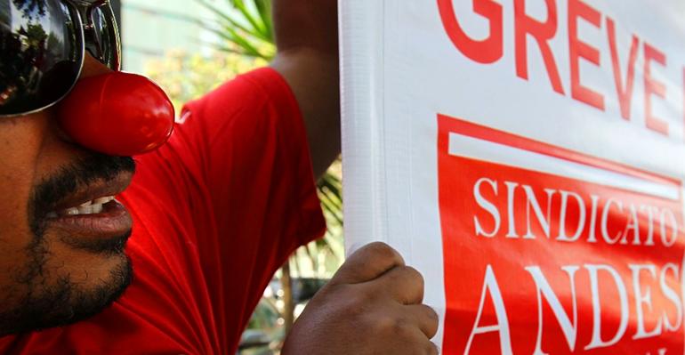 Sindicato afirma que 34 universidades federais ainda estão em greve