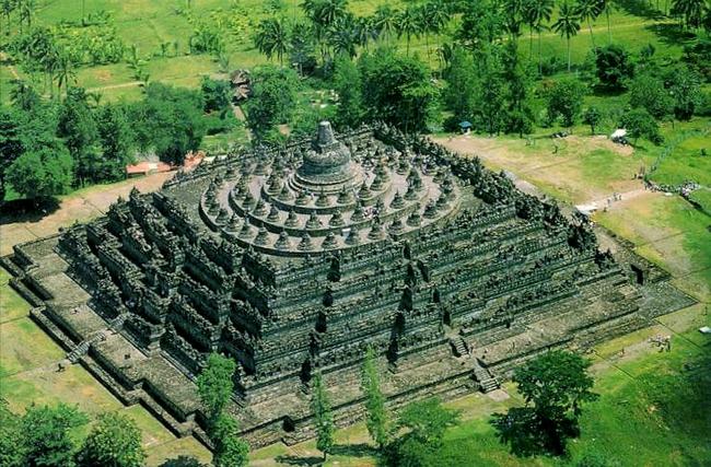 locais com grandes traços históricos inestimáveis