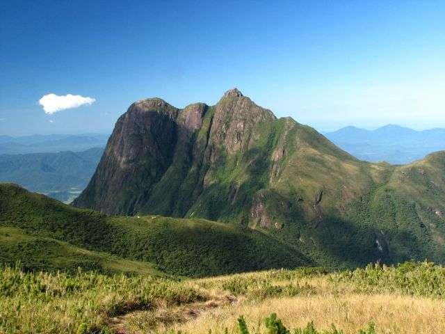 5 montanhas lindas no Brasil para visitar