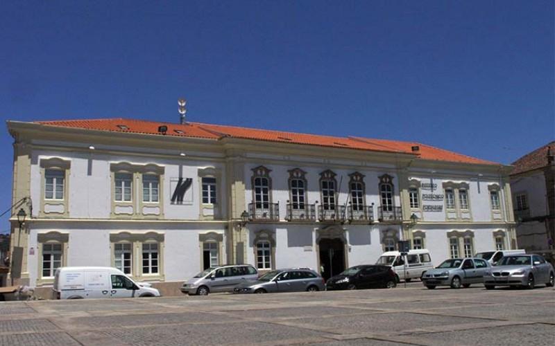 Mais uma universidade portuguesa passa a aceitar nota do Enem