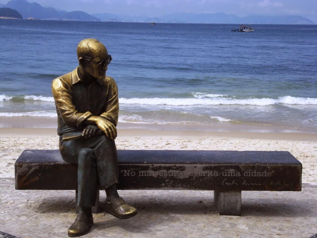 Aluna descobre novos poemas de Carlos Drummond de Andrade 2