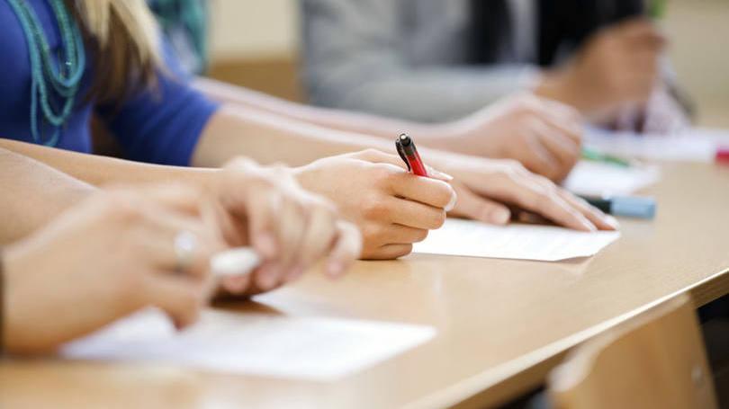 Fies deve oferecer 250 mil contratos neste 1ª semestre de 2016 2