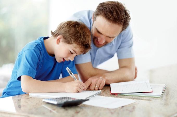 Como a família pode ajudar na educação dos filhos