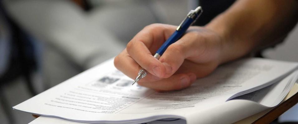 Corretores da redação do ENEM terão que devolver pagamentos extras 2