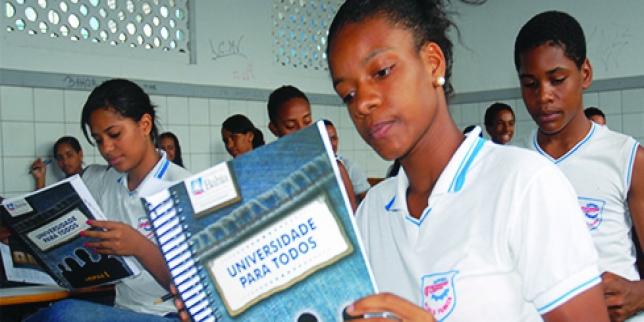 Cursinho pré-vestibular gratuito abre inscrições na Bahia 2