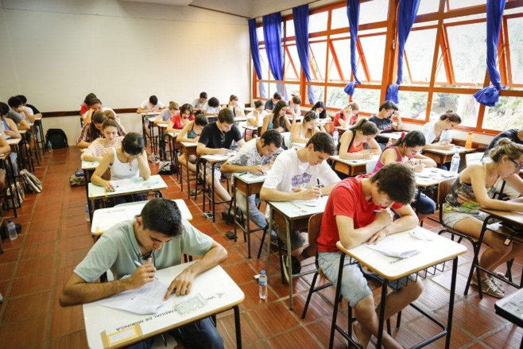 Inscrições para vestibular da Universidade Estadual de Maringá termina hoje 2