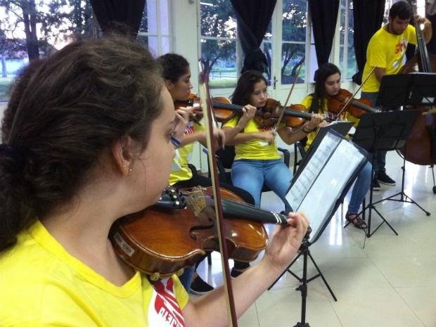 Projeto abre vagas em cursos gratuitos de música na região de Ribeirão e Franca