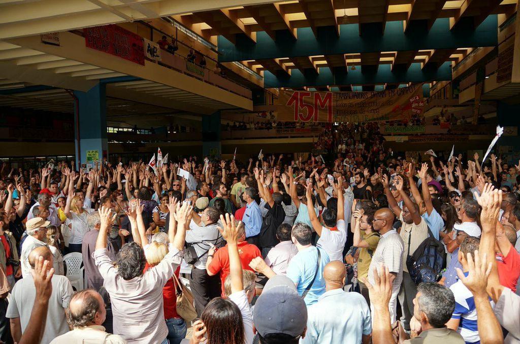 Funcionários das USP decidem encerrar greve