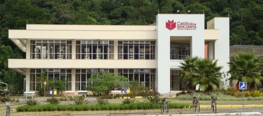 Centro Universitário Católica de Santa Catarina inscreve para vestibular de verão 2