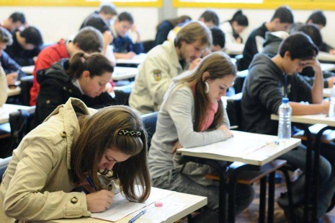 Estudantes surdos que fizeram o Enem 2013 poderão participar de nova prova