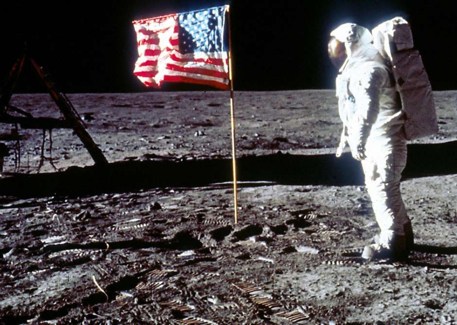 dia-da-1a-viagem-a-lua-2