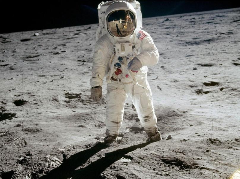 dia-da-1a-viagem-a-lua