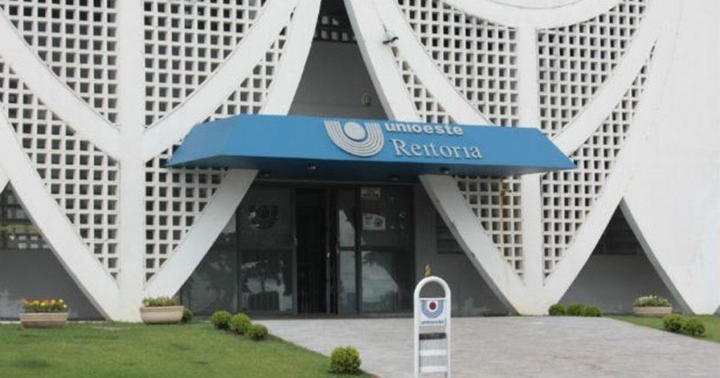 Unioeste oferece 180 vagas em cursinho pré-vestibular