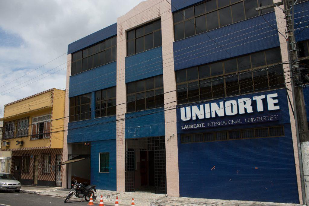 UniNorte oferece vestibular com bolas de estudo de 50%