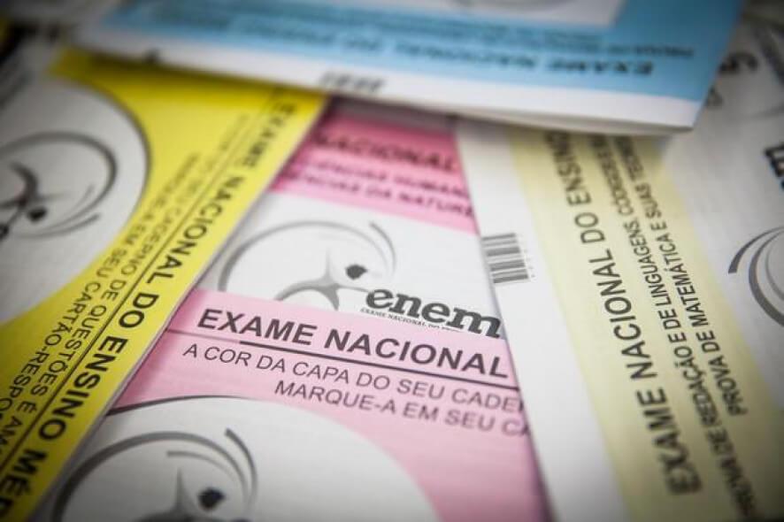 Prova do Enem começa a ser distribuída nos estados brasileiros