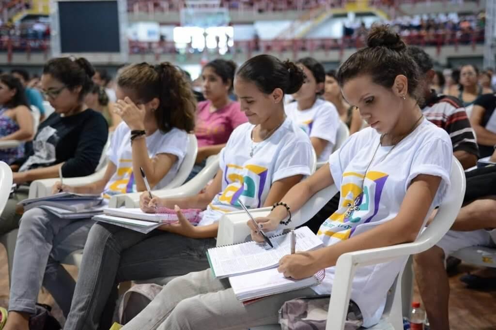 Curso preparatório Academia Enem oferece 2,2 mil vagas em Fortaleza