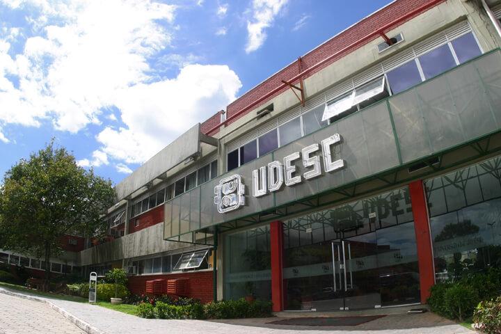 Cursinho da UDESC oferece vagas gratuitas em Laguna