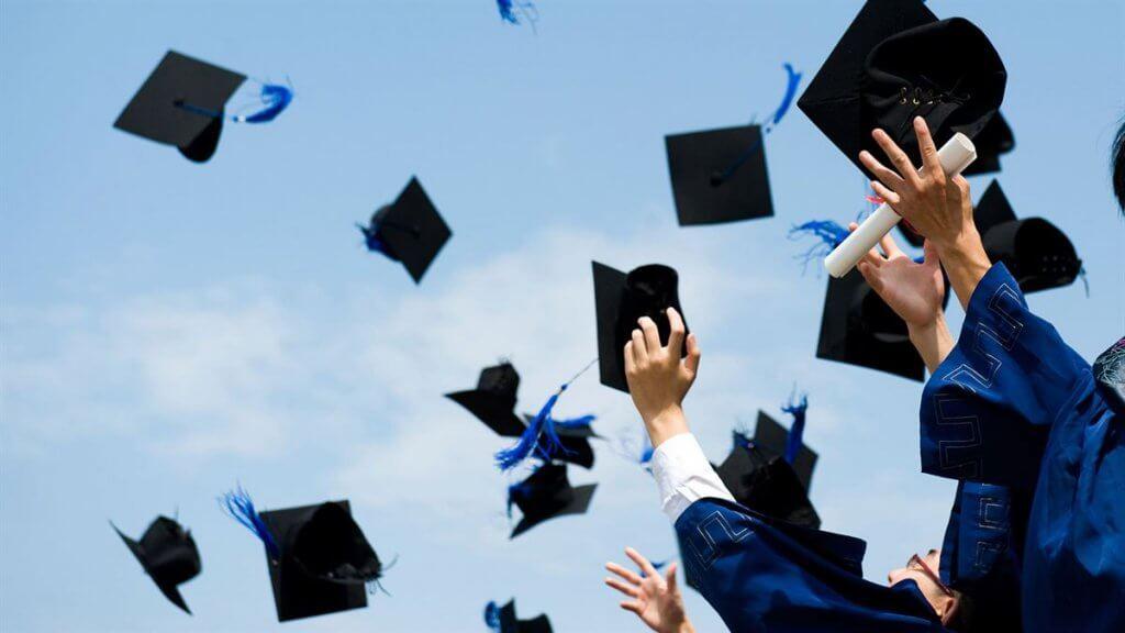 Confira os diplomas universitários que estão deixando os jovens ricos nos EUA