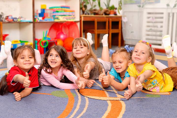 Dicas de brincadeiras para fazer na creche e pré-escola