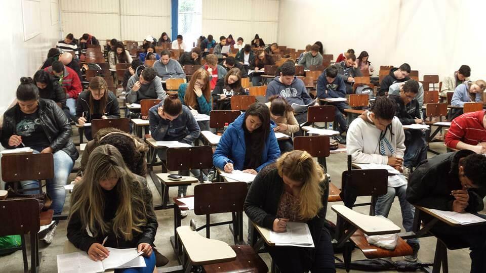 Abertas inscrições para pré-vestibular e Enem social no Rio de Janeiro