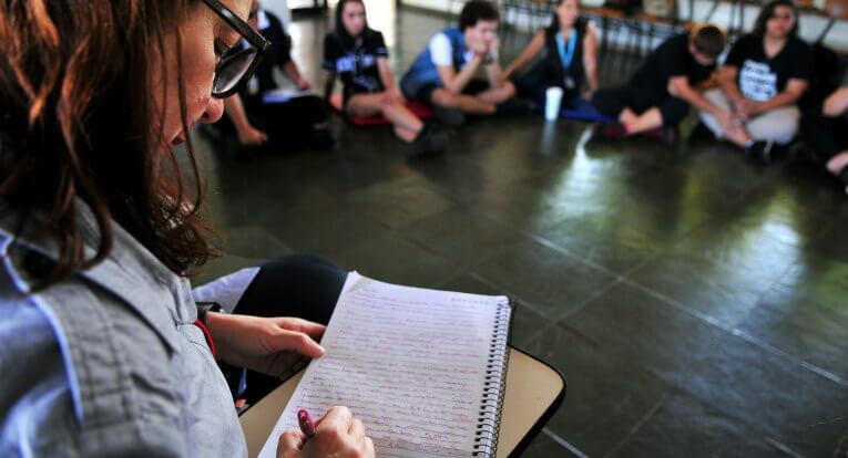 MEC oferece especialização gratuita para professores